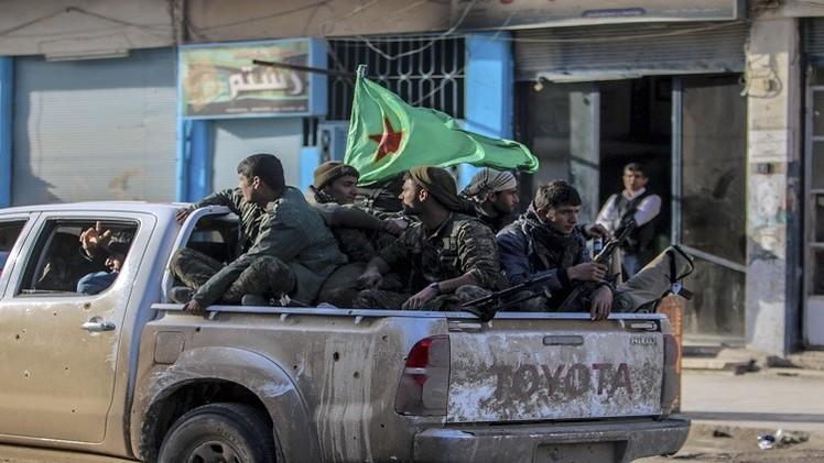 سوريا.. الأكراد يتقدمون صوب معقل