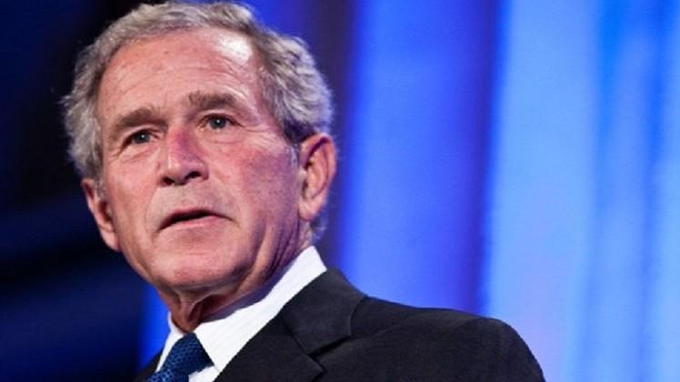 بوش الابن يدعم عملية برية عسكرية لدحر