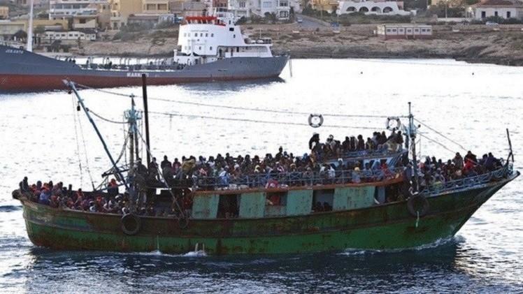 تظاهر نحو 200 مهاجر على الحدود الفرنسية الإيطالية