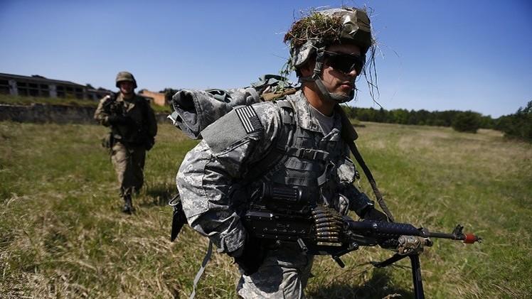 البنتاغون يبحث تزويد القوات الأمريكية في شرق أوروبا بأسلحة ثقيلة