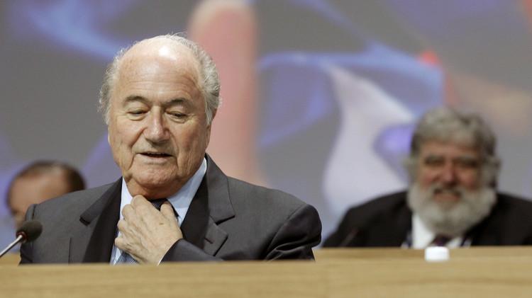 مسؤول في الفيفا يؤكد ضرورة الإصلاح وبلاتر قد يسعى للبقاء رئيسا