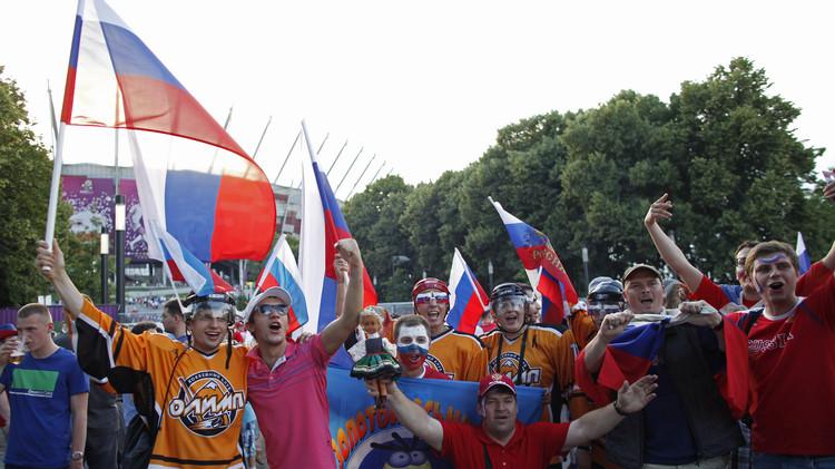 رابطة المشجعين الروس ترشح وزير الرياضة موتكو لمنصب رئيس الاتحاد