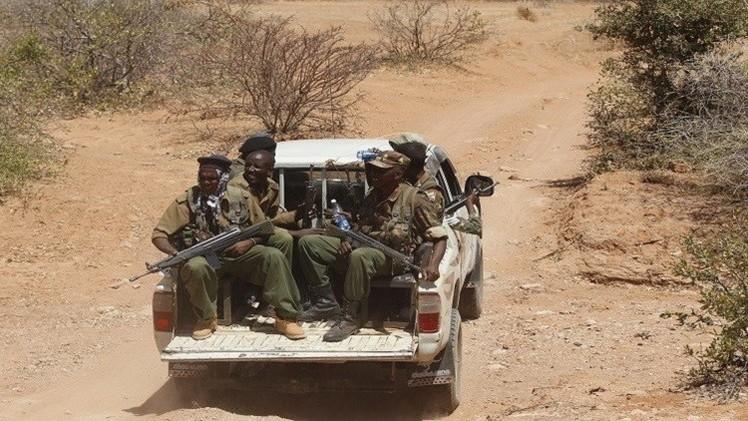 كينيا.. مقتل جنديين و11 عنصرا ينتمون لـ