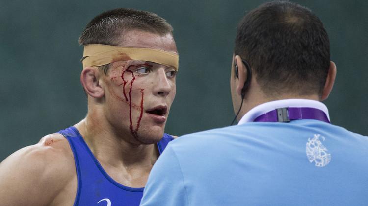 المصارعون الروس يواصلون حصد الذهب في دورة الألعاب الأوروبية