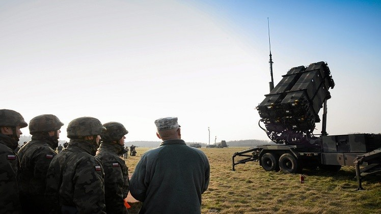 محادثات بين واشنطن ووارسو لتخزين أسلحة ثقيلة في بولندا