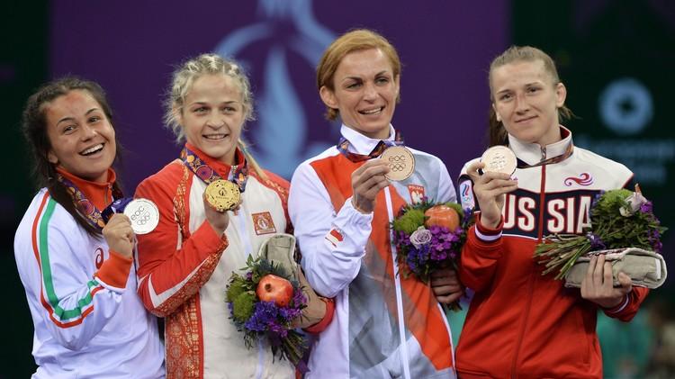 الأذربيجانية ستادنيك بطلة للمصارعة في الألعاب الأوروبية