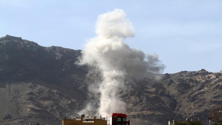 غارات للتحالف على اليمن واشتباكات في إب