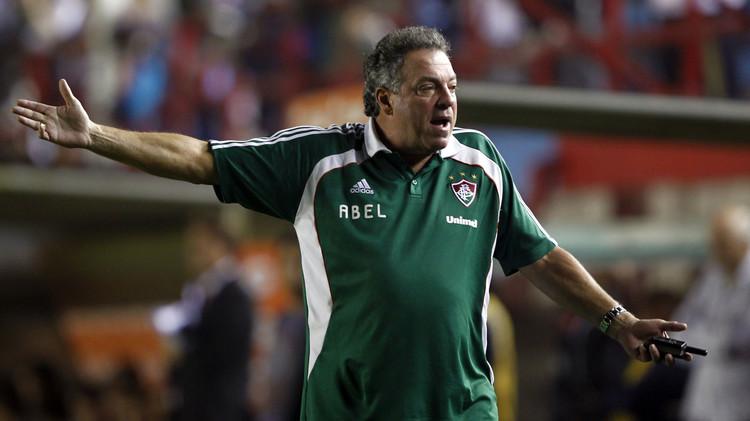 البرازيلي براغا مدربا للجزيرة الإماراتي