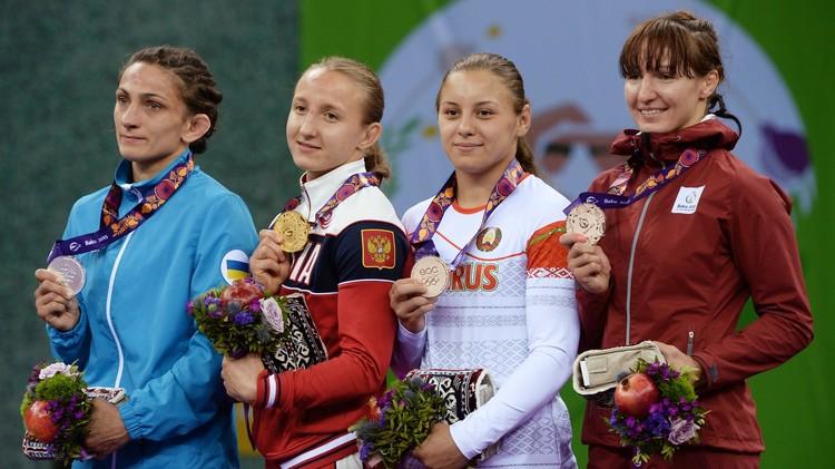 الروسية لازينسكايا بطلة للمصارعة في الألعاب الأوروبية