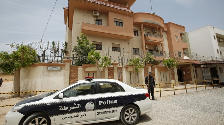 الإفراج عن 3 من موظفي القنصلية التونسية المختطفين في ليبيا