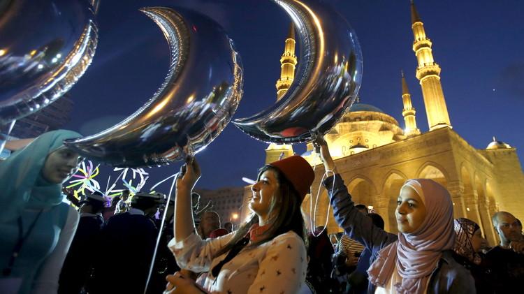 عدد ساعات الصوم خلال رمضان 2015 في جميع أنحاء العالم (إنفوجرافيك)