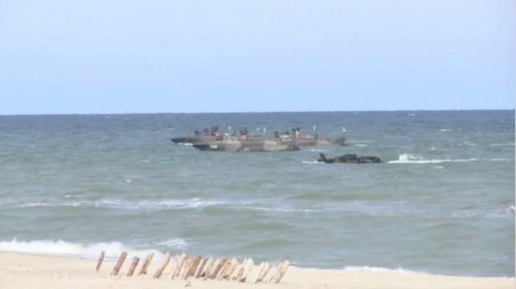 غرق ناقلة برمائية بولندية أثناء تدريبات الناتو في بحر البلطيق