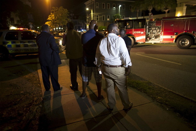اعتقال مسلح يشتبه في قتله 9 أشخاص في كنيسة أمريكية للسود