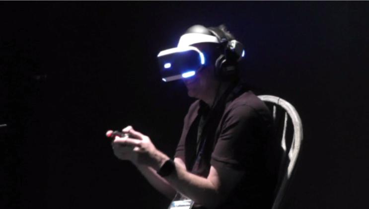 بالفيديو.. خوذات مبتكرة للواقع الافتراضي في معرض لوس انجلوس للترفيه الالكتروني