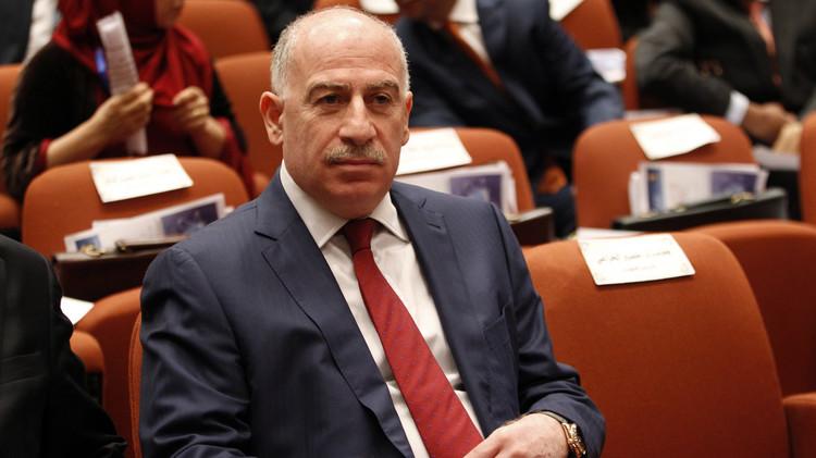 النجيفي ووزيران عراقيان ينسحبون من جلسة منتدى بطرسبورغ  بسبب حضور بيريز