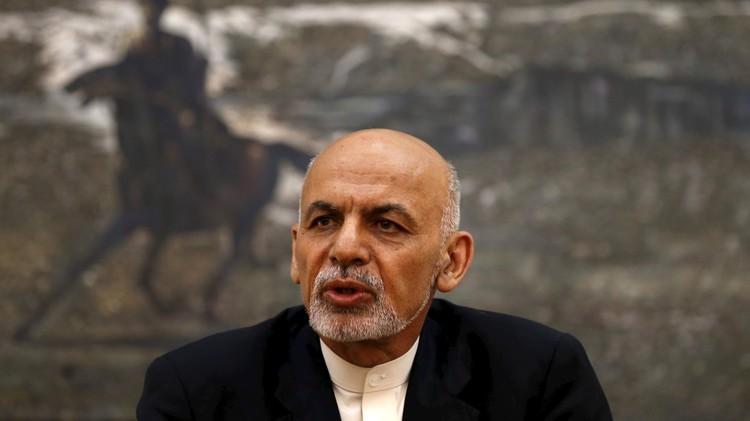 الرئيس الأفغاني يمدد ولاية البرلمان