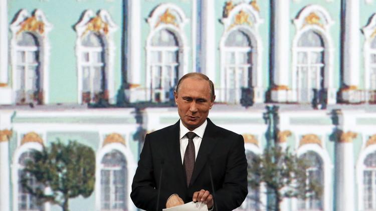 بوتين: لا مجال للتشكيك في حقنا باستضافة مونديال 2018