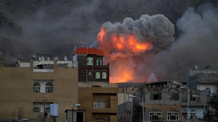 اليمن.. عشرات القتلى في تفجير سيارة مفخخة قرب مسجد قبة المهدي بصنعاء