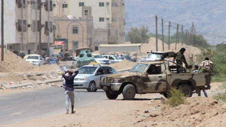 اليمن.. مقتل قيادي حوثي في مأرب وسقوط 39 في مواجهات بجنوب البلاد