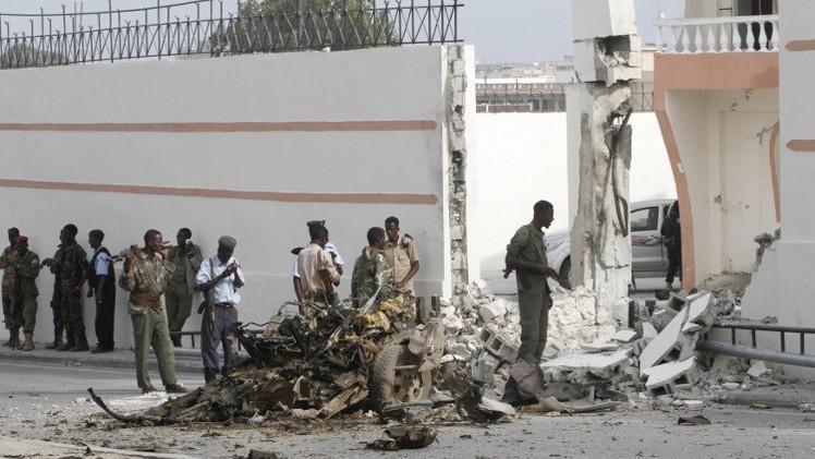 مقتل 6 أشخاص بهجوم انتحاري على موكب إماراتي في مقديشو (صور+ فيديو)