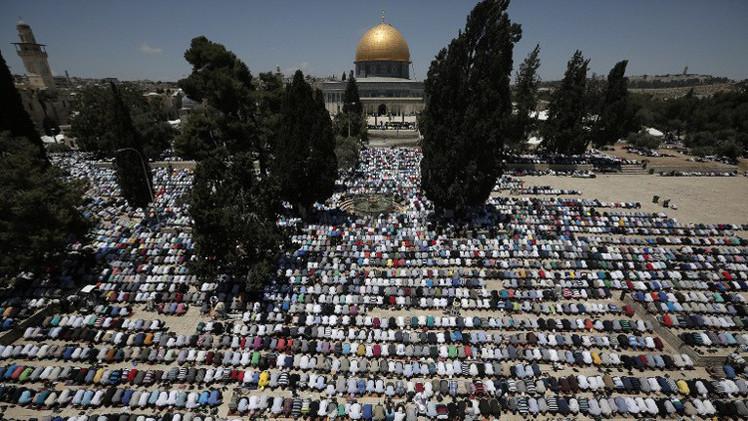مستوطنون يقتحمون الأقصى والشرطة الإسرائيلية تعتقل 7 أطفال مقدسيين