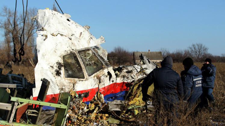 موسكو: فتح تحقيق دولي بشأن تحطم الماليزية في أوكرانيا قبل انتهاء التحقيق مضر