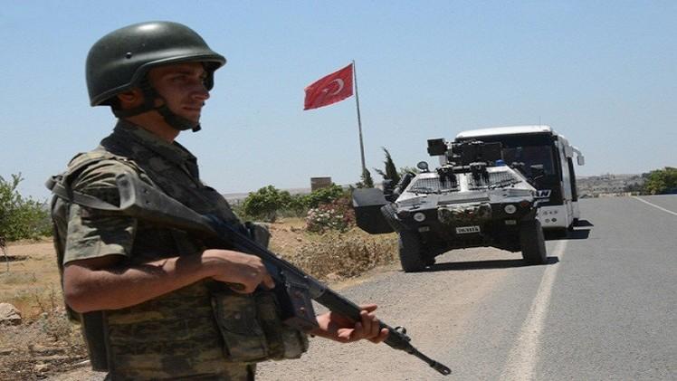 صحيفة: تركيا بصدد بناء جدار عازل مع سوريا