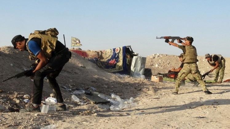 القوات العراقية تصد هجوما على حقول نفطية وتقصف أحياء في الفلوجة