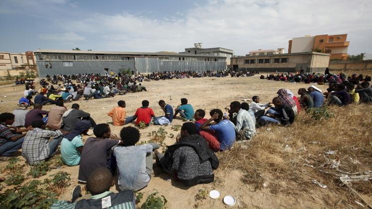 ليبيا.. اعتقال عشرات المهاجرين غير الشرعيين