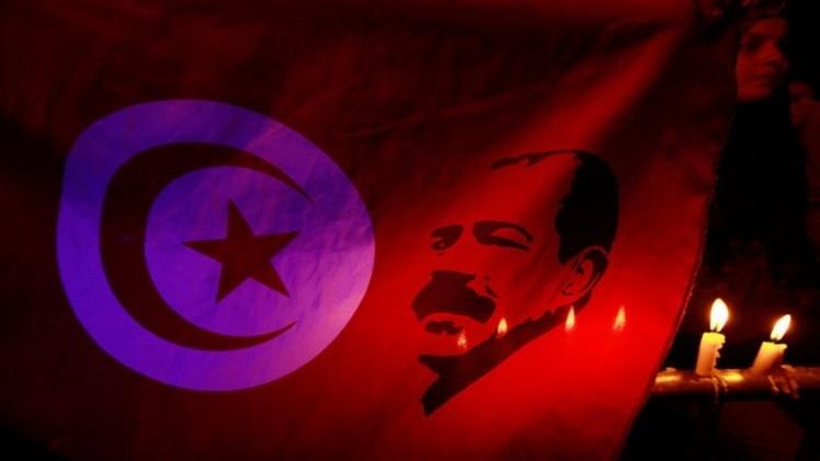 تونس.. تأجيل النظر في قضية اغتيال شكري بلعيد إلى 30 أكتوبر/تشرين الأول