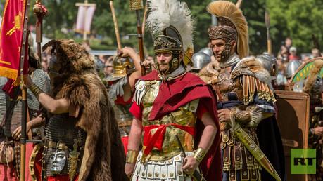 نزالات بين المصارعين في روما القديمة