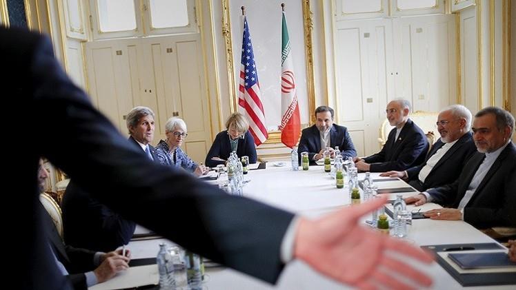 كيري وظريف يجتمعان في فيينا على هامش المفاوضات النووية