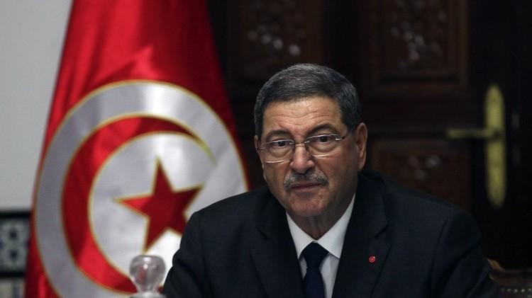 رئيس الحكومة التونسية ينتقد
