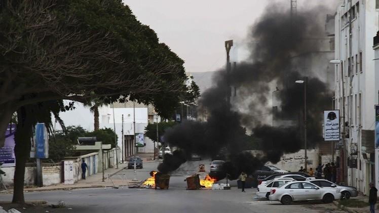 قتلى وجرحى في 3 هجمات انتحارية بدرنة واشتباكات عنيفة في بنغازي