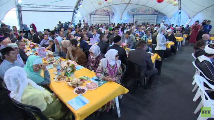 فعاليات خيمة رمضان 2015 في موسكو