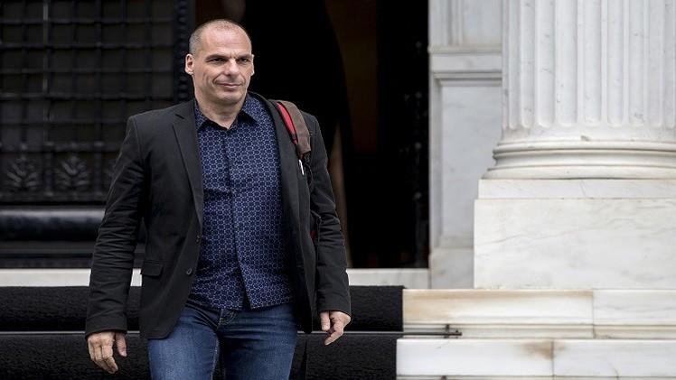 وزير المالية اليوناني يتهم المقرضين الدوليين بـ