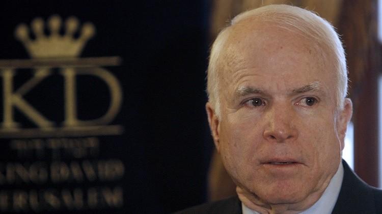 ماكين ينتقد الانسحاب الكامل للقوات الأمريكية من أفغانستان