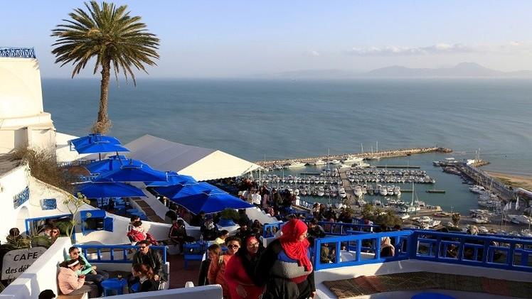 تراجع عدد السياح الروس المتجهين إلى تونس