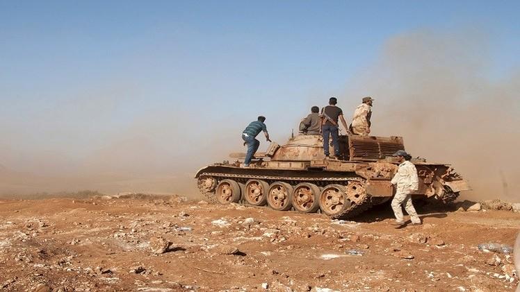ليبيا.. قصف على بنغازي واشتباكات داخلها