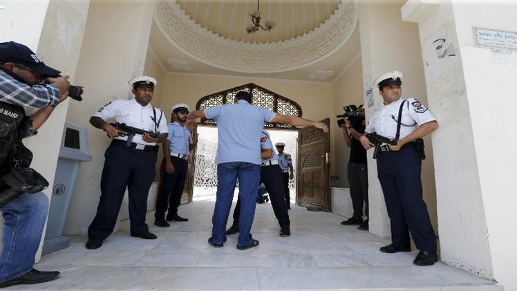 الكويت تتجه إلى اتهام 40 مشتبها بتفجير مسجد الصادق