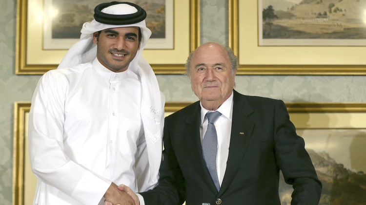 بلاتر يفتح الصندوق الأسود لملف مونديال قطر 2022