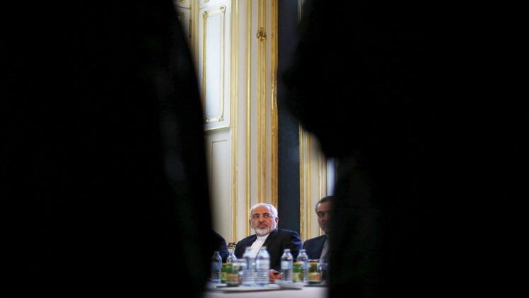 وزير خارجية إيران: هناك بعض الاختلافات في المفاوضات النووية