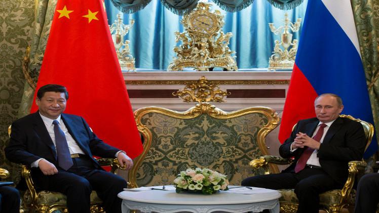 الخارجية الصينية: العلاقات مع روسيا أنموذج جديد للدولتين العظيمتين