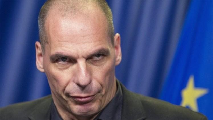 وزير المالية اليوناني يضحي بمنصبه من أجل مصلحة بلاده