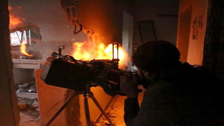 الجيش السوري يتقدم في الزبداني.. واشتباكات بين الجيش التركي والأكراد قرب الرقة