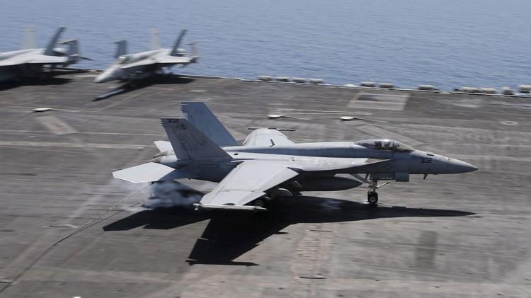 طائرات التحالف الدولي تشن غارات في العراق وسوريا