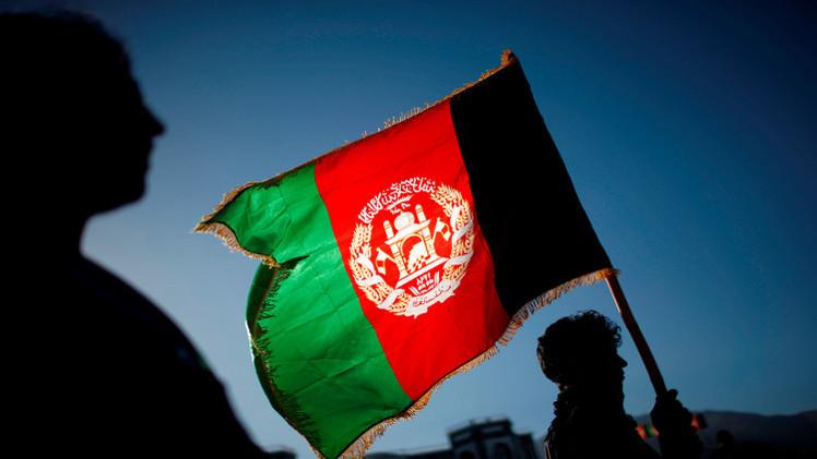 وفد أفغاني في باكستان لإطلاق مفاوضات مع طالبان