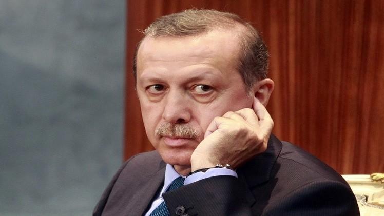 أردوغان بعد انتقادات واسعة يكلف أوغلو بتشكيل الحكومة