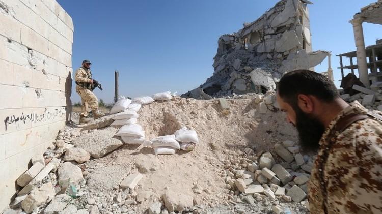 مقتل قيادي في داعش بضربة أمريكية في الرقة والجيش السوري يعلن تقدمه في الحسكة