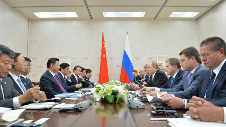 روسيا والصين تبحثان التعاون في إطار الاتحاد الآوراسي وطريق الحرير